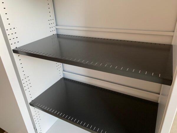 König & Neurath acoustische schuifdeurkast 160bx120hx46d
