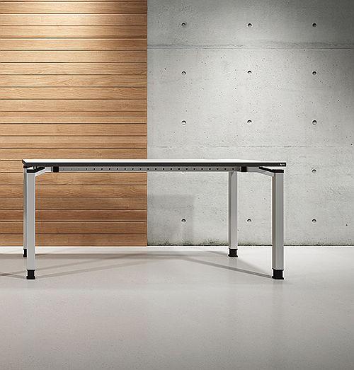 OKA Bureautafel 180×80, Q50 HV 68-82cm, blad wit, onderstel alugrijs